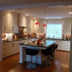 Woodside W kitchen